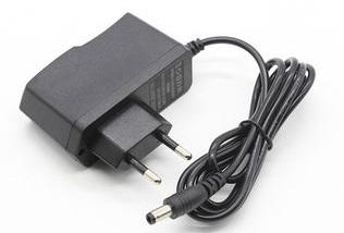 Napájecí adapter 230V pro D868/878UV